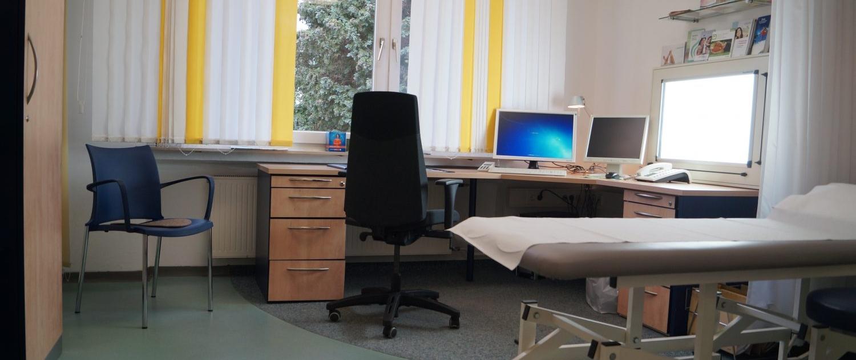 Behandlungszimmer Dr. Deiters, Hirschlandstr. 93, 73730 Esslingen